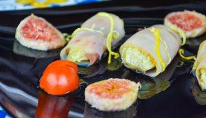 Involtini di pesce spada delicati con fichi freschi al limone